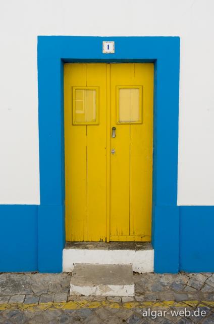Die Türen Taviras, Tavira, Algarve, Portugal