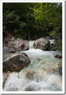 Am Fluss in Loutraki III