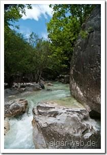 Am Fluss in Loutraki IV