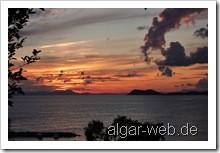 Sonnenuntergang am Arilla Beach