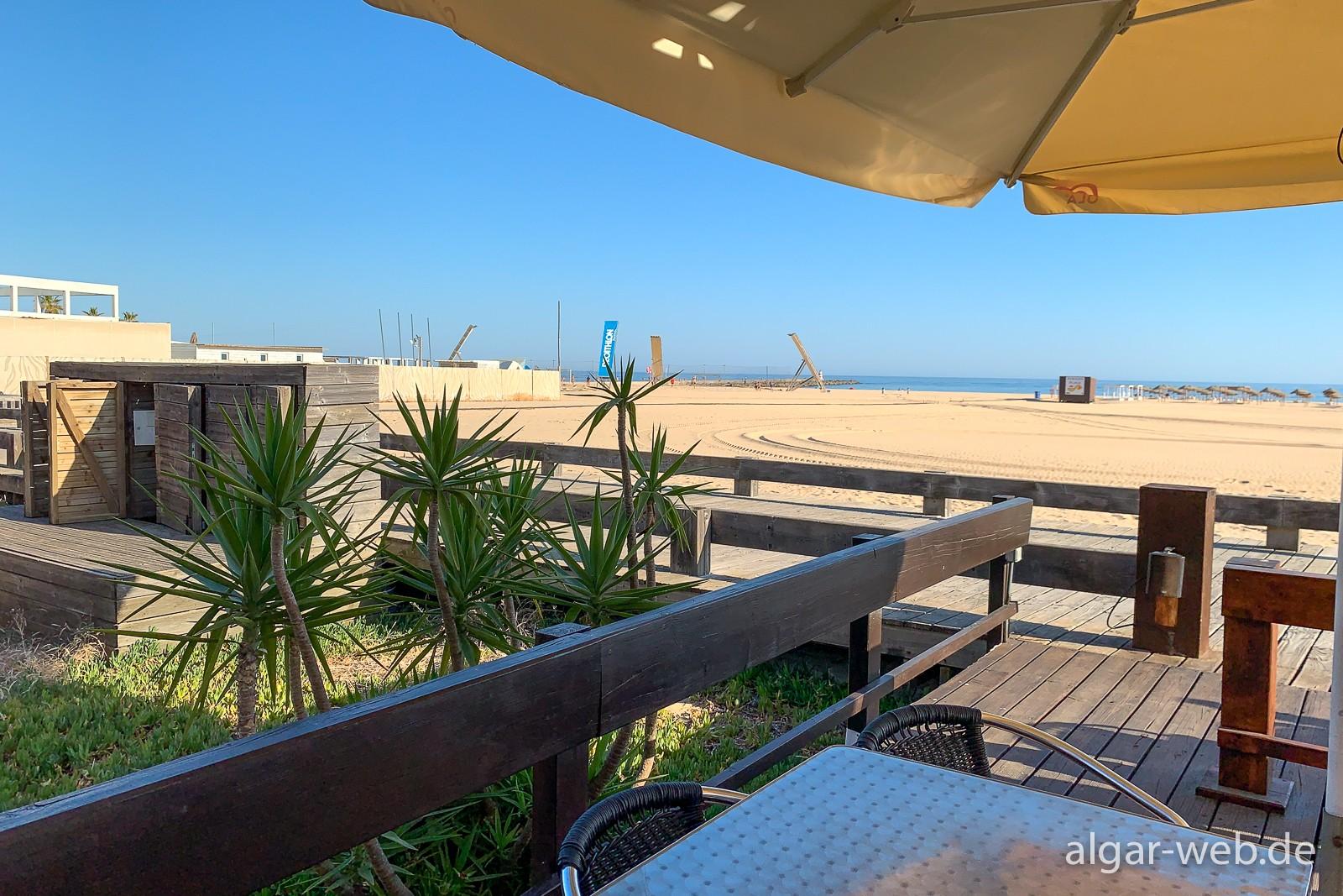 O Farol in Praia da Rocha